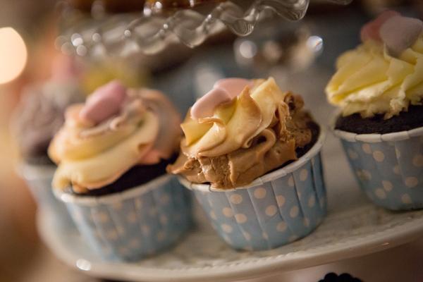 i cupcakes ,ovvero le mini wedding cakes semplici
