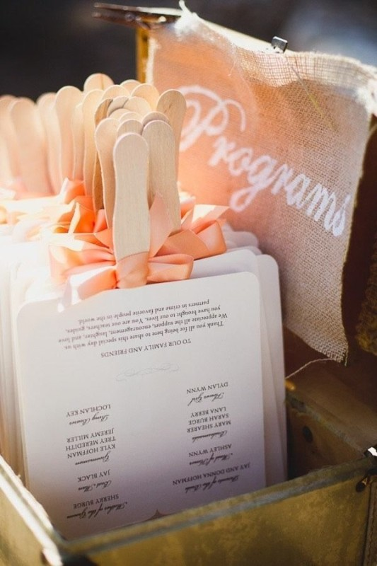 idee originali per Matrimonio: i ventagli