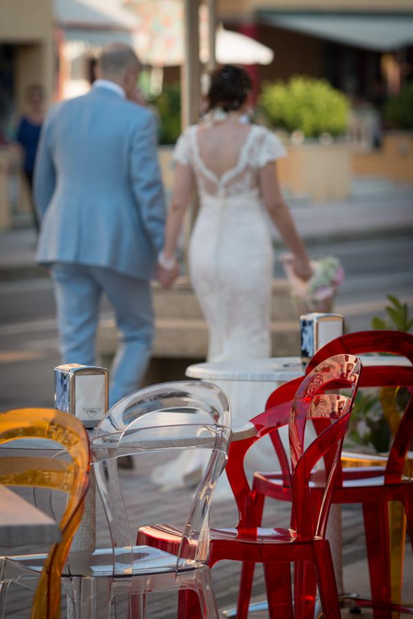 nessuna automobile per matrimonio: ci siamo diretti verso il Ristorante a piedi