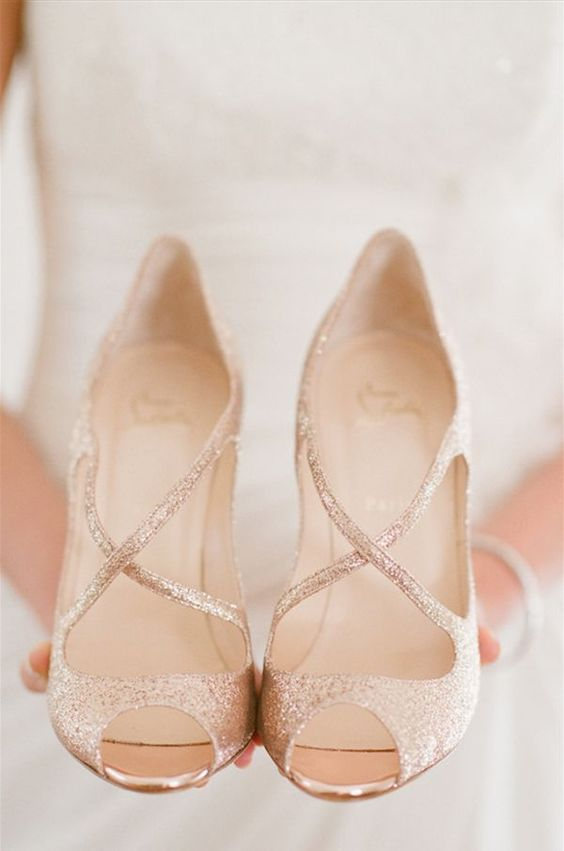 Scarpe Matrimonio Sposa Comode.Scarpe Da Sposa Ecco Quali Scegliere Sposarsi Risparmiando