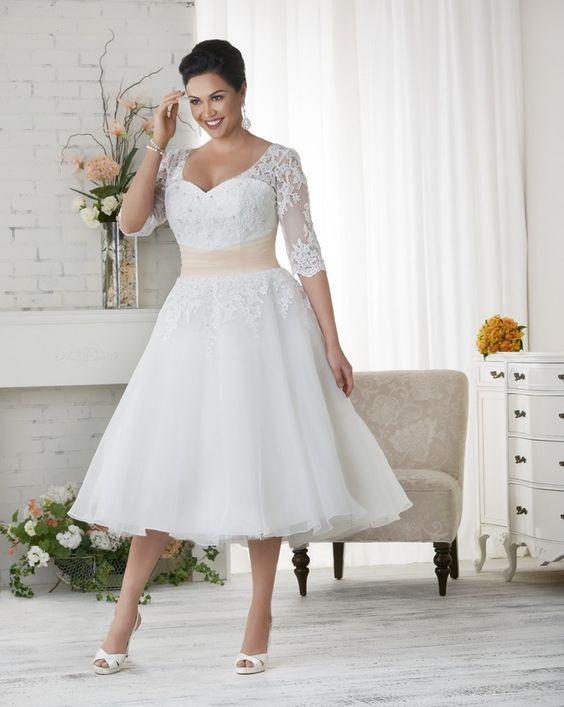 Super Vestiti sposa in carne: quali indossare | Sposiamoci Risparmiando EL05