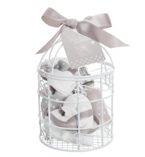 Decorazioni matrimonio fai da te: come bomboniera, una gabbietta con i gessetti per i cassetti corredati del suo profumo