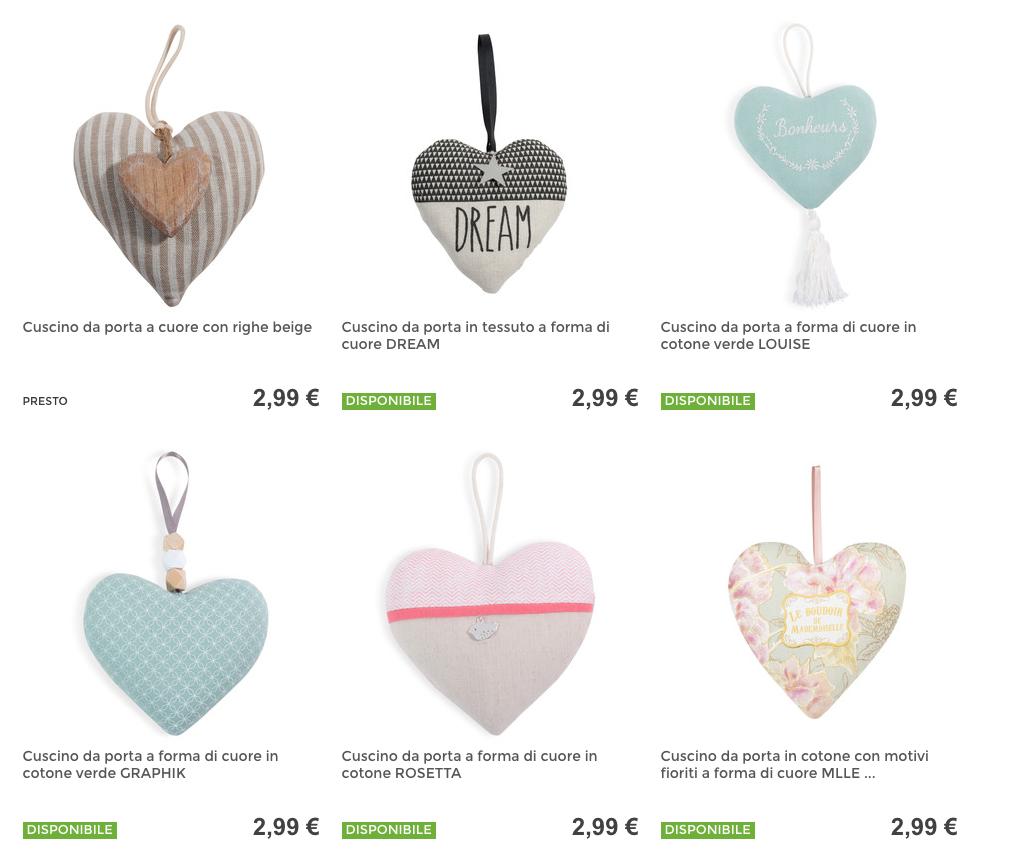 Un portafedi low cost? I cuscini a forma di cuore Maisons du Monde
