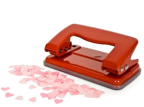 perforatori per realizzare coriandoli a cuore per matrimonio