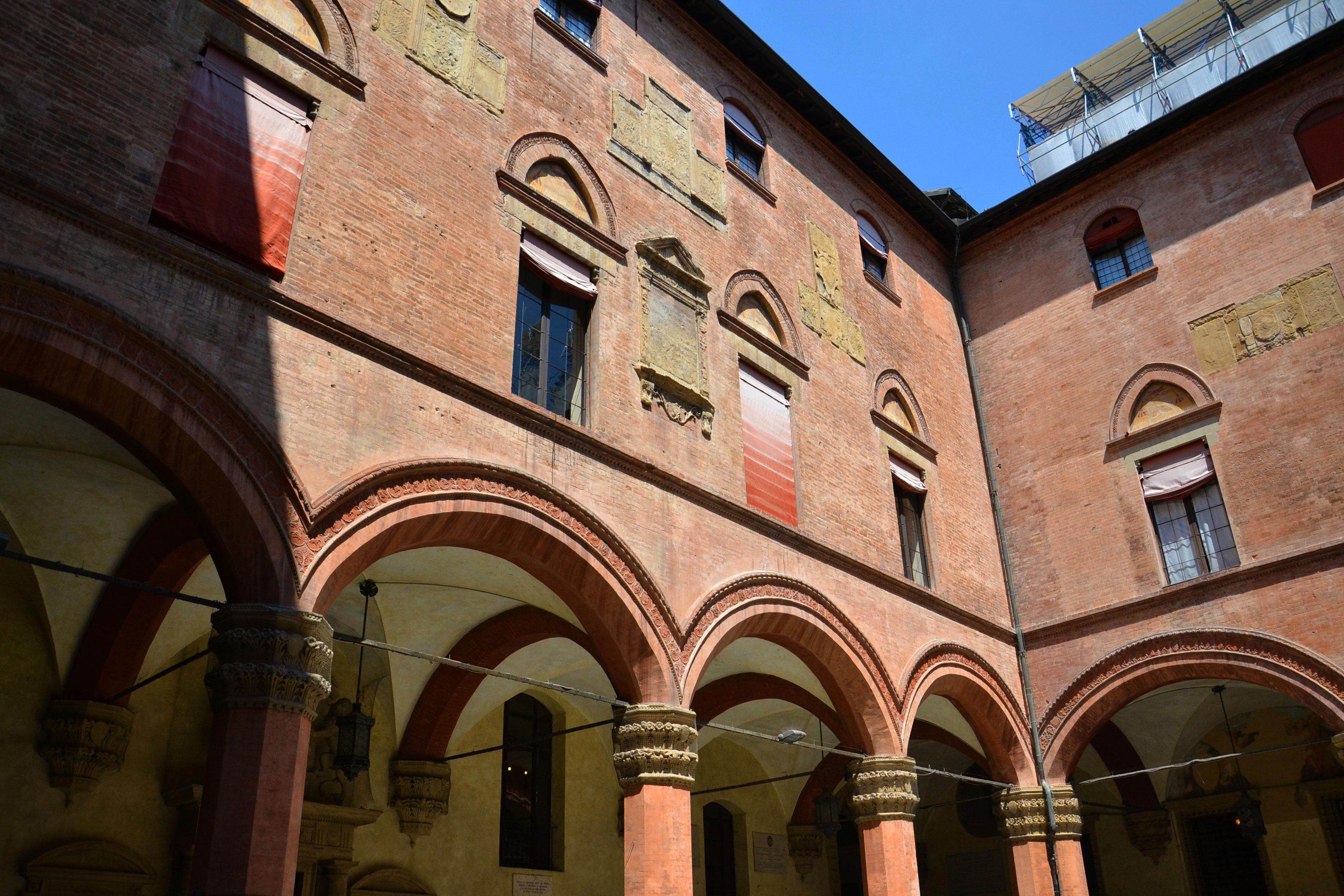 matrimonio solidale Bologna Sala Rossa