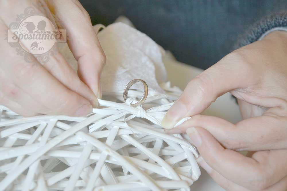 Popolare Portafedi fai da te per matrimonio invernale | SR Wedding Blog RK15