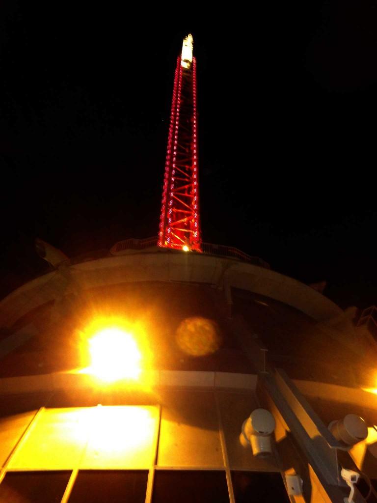 matrimonio a las vegas: ricevimento nuziale nella Stratosphere Tower
