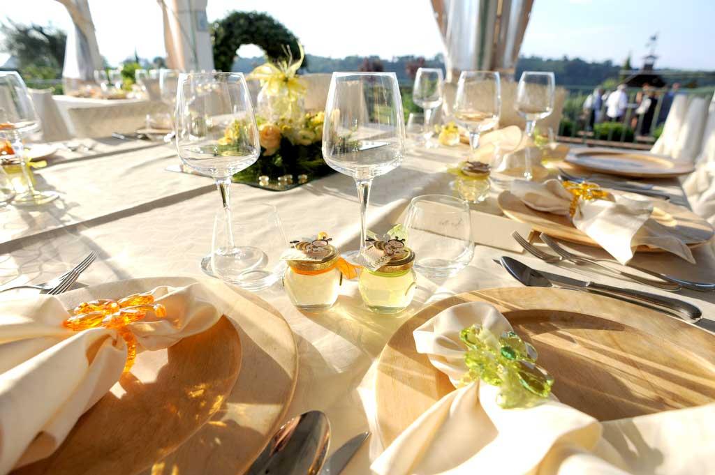 allestimento tavoli matrimonio in stile americano