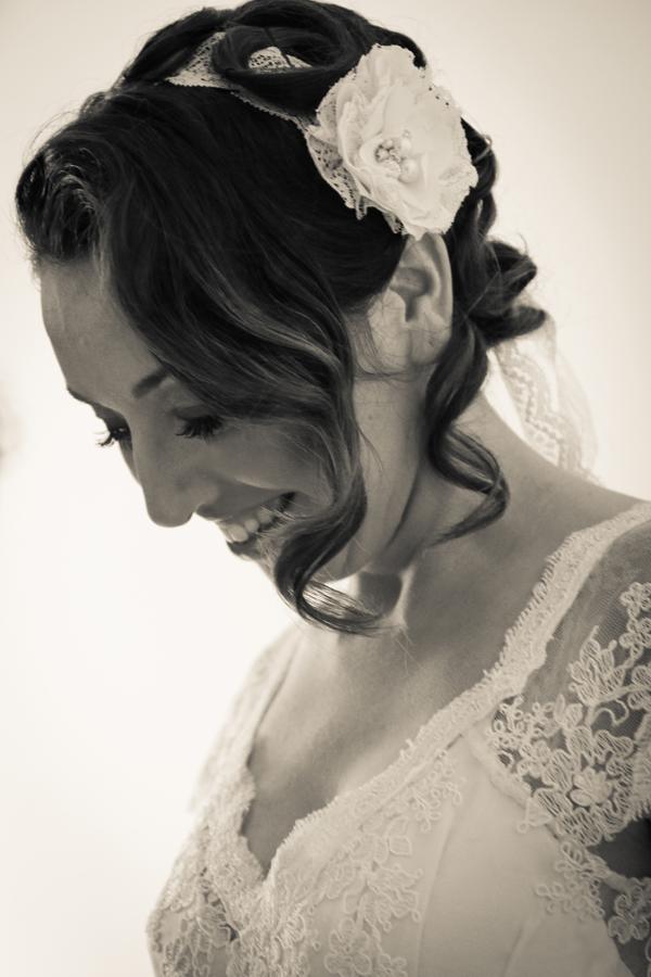 Accessori sposa coordinati con l'abito disegnati dalla stilista di Pistoia Angela Alfuso
