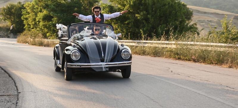 alternativa all'auto degli sposi: maggiolone