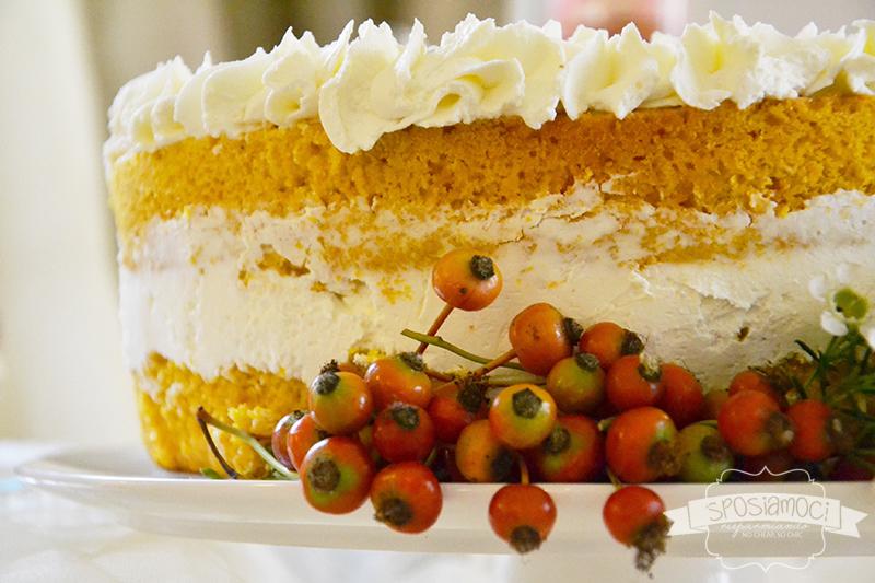 Pistoia wedding open day: particolare della decorazione di una torta naked di Dulcinea