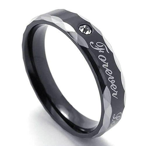 fedi nuziali prezzi low cost: vera in acciaio inox con pietra e scritta 'forever love' a 22,99 euro