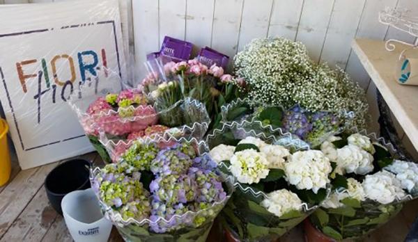 matrimonio con lo sponsor toscana: i fiori di giugno
