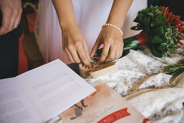 Matrimonio Simbolico Idee : Cuscino portafedi idee originali e low cost sr