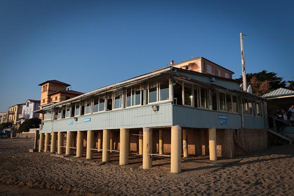 location ricevimento matrimonio anni '30 sulla spiaggia