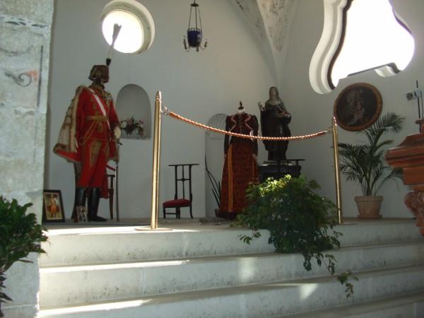 Matrimonio in uniforme in Calabria: il Palazzo delle Clarisse, Amantea (CS). Ex convento di monache di clausura, cappella del convento