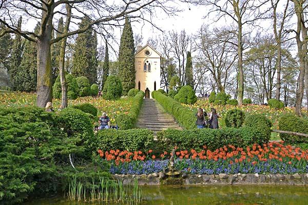 matrimonio in giardino, dove? Ci si può sposare ad esempio nell'Eremo del Parco Sigurtà