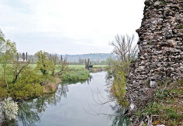 vista Ponte visconteo di Valeggio sul Mincio