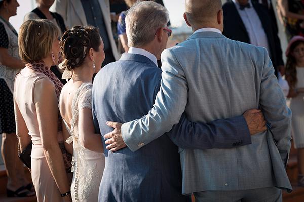 Galateo Matrimonio Invitati Uomo : Galateo invitati a un matrimonio secondo gli sposi sr