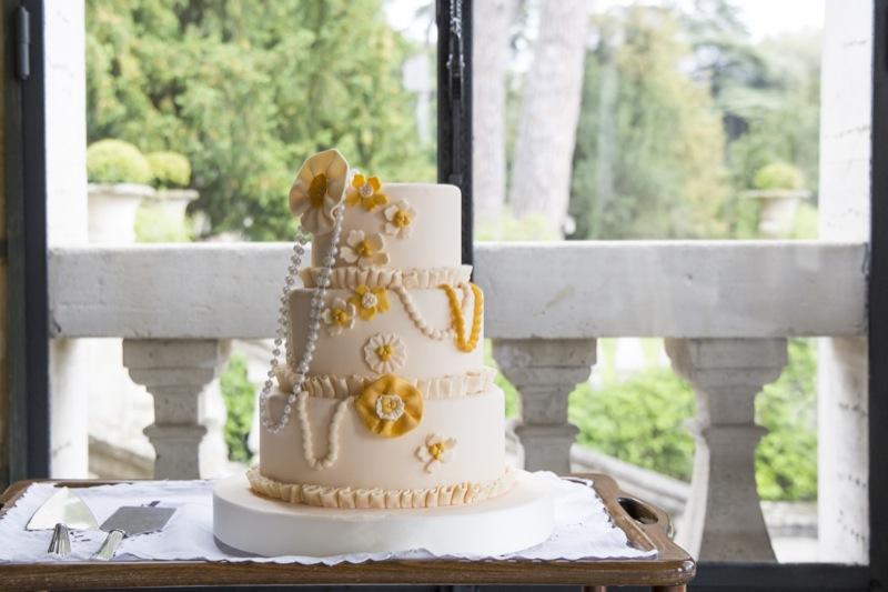 Torta nuziale a piani matrimonio in stile anni '20