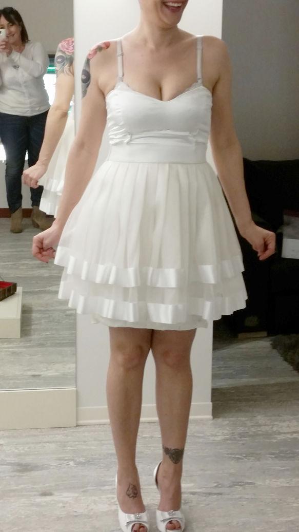 abito da sposa corto sartoriale