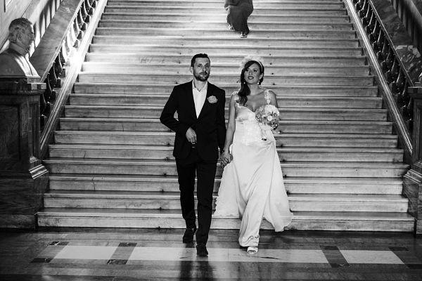 matrimonio con abito da sposa sirena azzurro fatto a mano e personalizzato