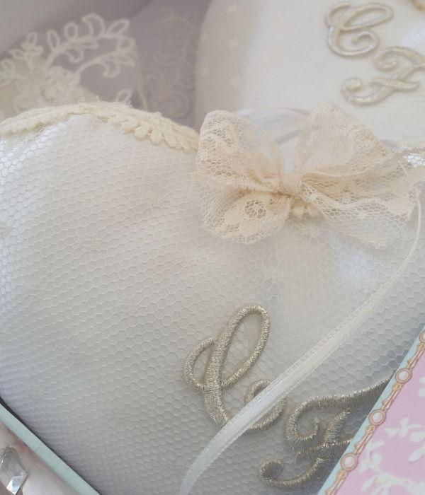 cuscino portafedi fatto a mano