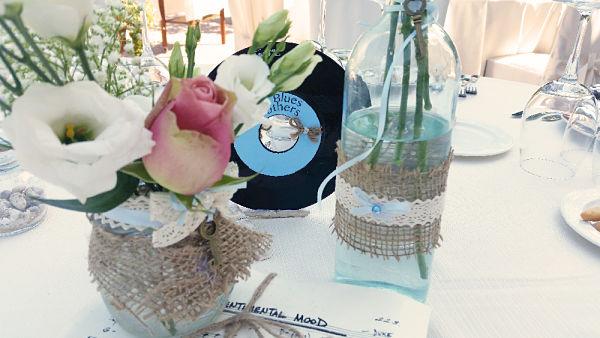 allestimento tavoli per matrimonio a tema musica