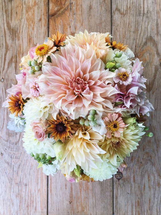 Fiori Di Settembre Per Bouquet Sposa.Fiori Economici Di Matrimonio Sposiamocirisparmiando It
