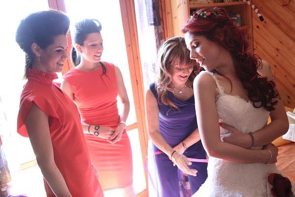 vestizione sposa matrimonio a tema ciliegie
