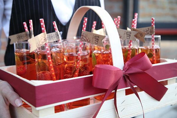 aperitivo personalizzato per matrimonio a tema ciliegie