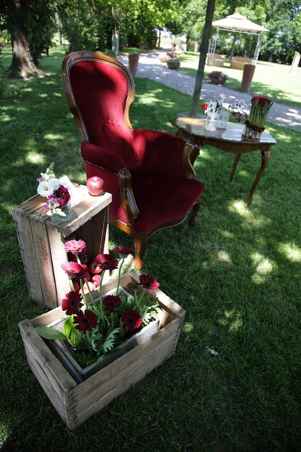 allestimento photo booth matrimonio a tema ciliegie