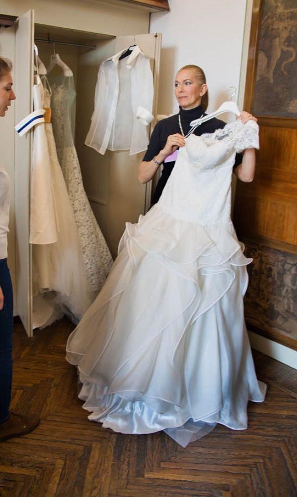 1ada1e959593 8 consigli per acquistare l abito da sposa senza farti spennare