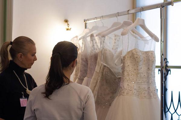 acquistare l'abito da sposa