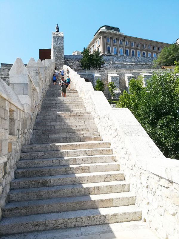 scalinata Castello di Buda