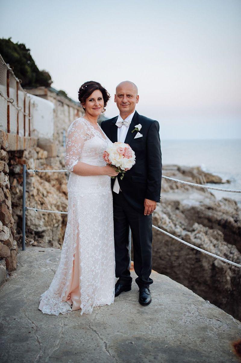 abbigliamento per sposi al mare