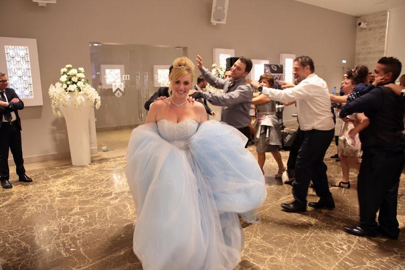 Matrimonio Tema Balli Latini : Matrimonio in puglia a tema cenerentola maria e modesto