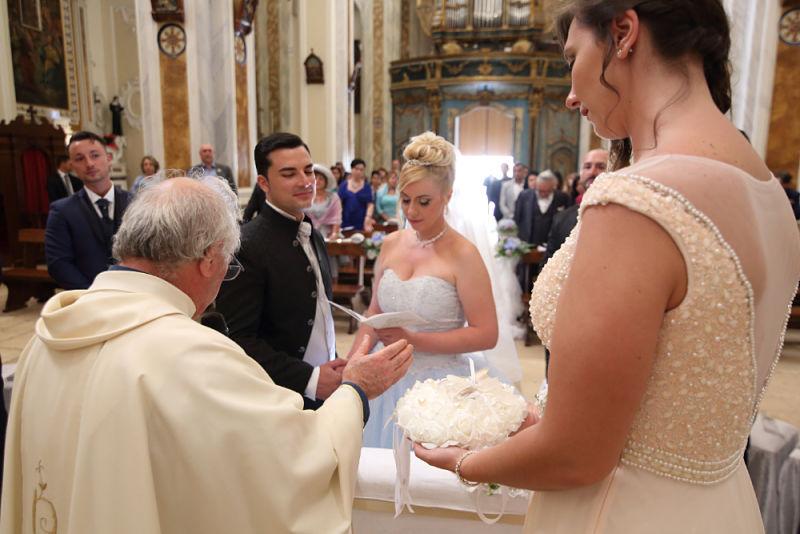 rito religioso matrimonio in Puglia a tema Cenerentola