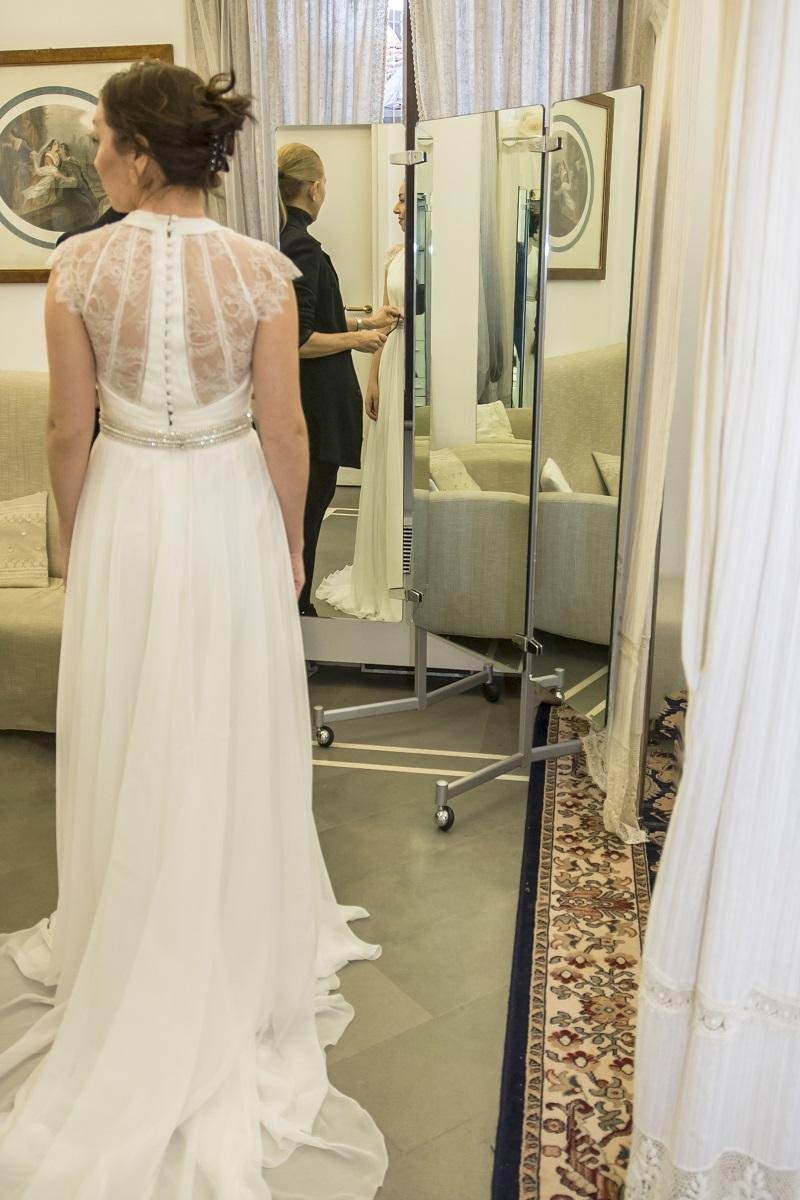 abiti da sposa 2018 modelli semi ampi di Califa, Forlì
