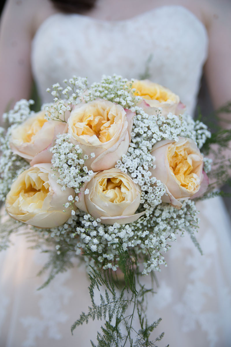 Bouquet sposa con rose inglesi