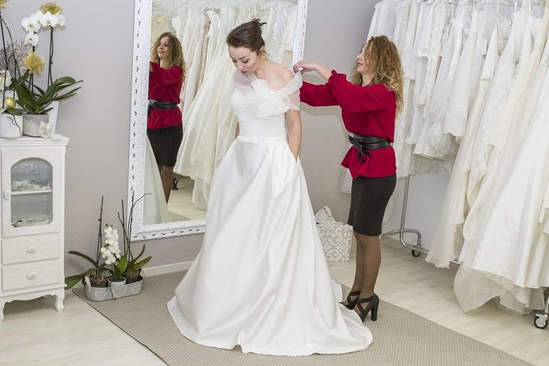 chi portare a scegliere l'abito da sposa