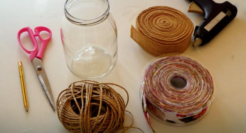materiale per decorare vasetti