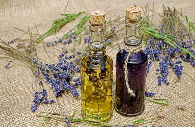 olio d'oliva aromatizzato alla lavanda