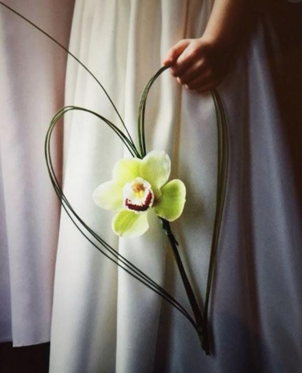 Bouquet Glamelia con orchieda