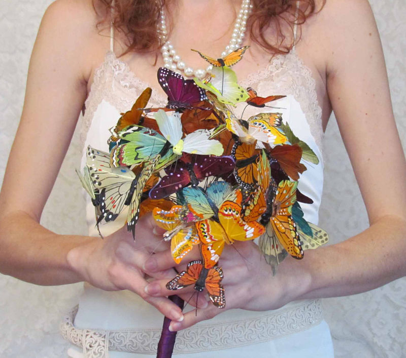 bouquet sposa alternativi con le farfalle