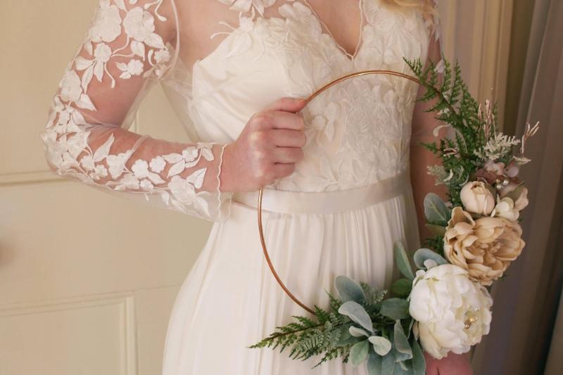 hoop bouquet sposa