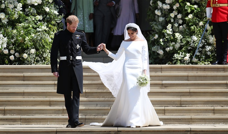 abito sposa minimal chic di Meghan