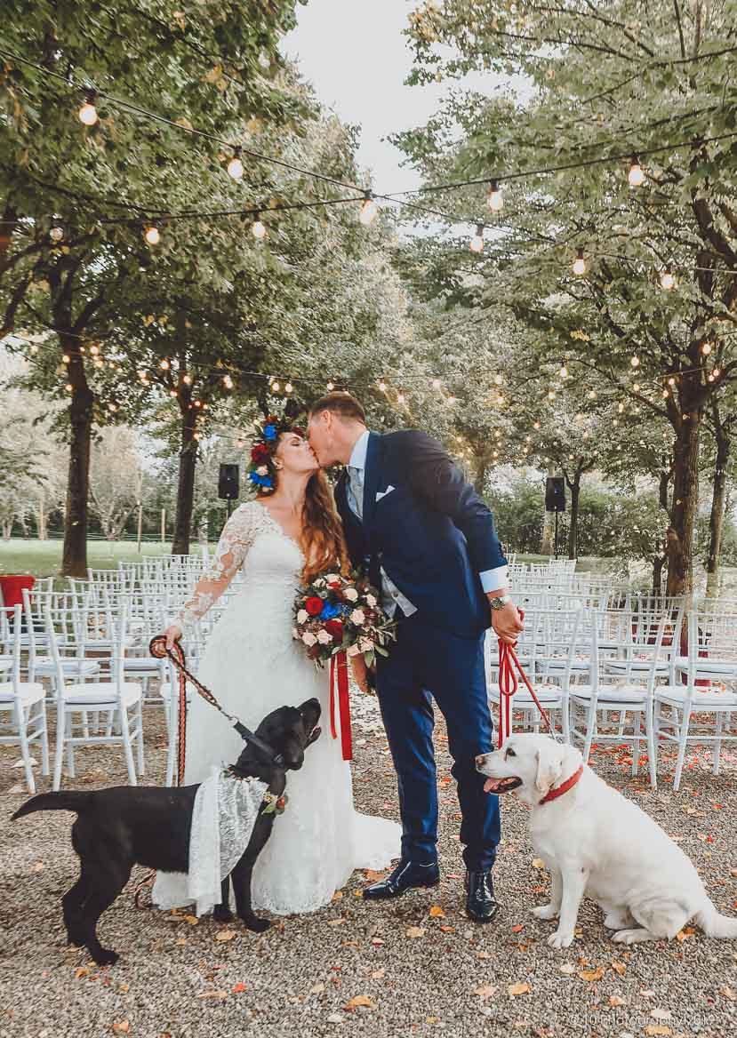 Matrimonio autunnale boho chic a Modena con cani