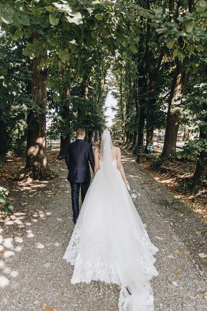 Matrimonio bohemien all'aperto