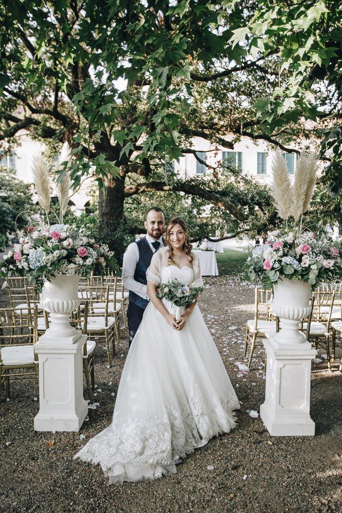 composizioni floreali Matrimonio bohemien fucsia e blu